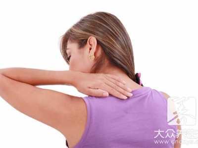 后颈部疼痛怎么回事 睡觉醒来脖子后面疼怎么回事